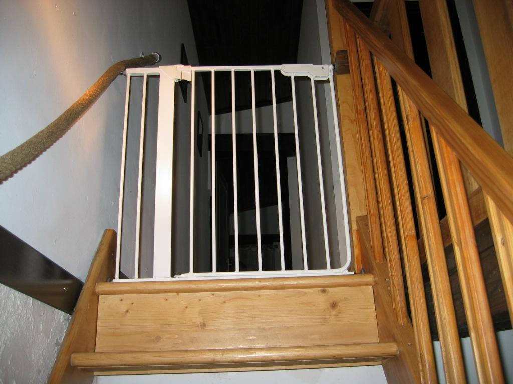 Barrière de sécurité escalier (disponible en haut et en bas)